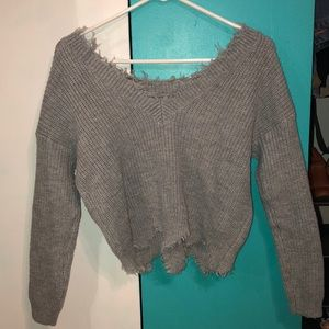 Sweaters - Cropped gray sweater